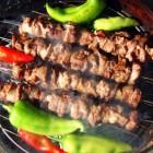 Barbecue op houtskool of gas