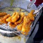Frikadel Jagung (maiskoekjes) en Pisang Goreng