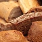 Brood van quinoa en boekweit zelf bakken in de oven