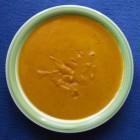 Maaltijdsoep met pompoen en olijfkomkommer
