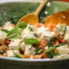 Zomerse salades: aardappel-, kip- en mozzarellasalade