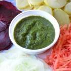 Indiaas (bij)gerecht en Indiase chutney (recept): heet/mild
