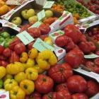 Salades met hüttenkäse: gezond en makkelijk te maken