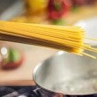 Spaghetti: zelfgemaakte saus of uit een potje?