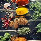 Hoe gebruik ik kruiden en specerijen?