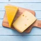 Kaas is verschillend van smaak en is niet altijd echte kaas