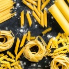 Recepten met pasta, groenten, champignons en tonijn